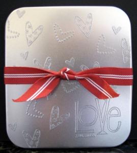 love-tin