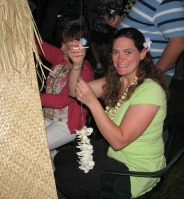 luau-making-lei