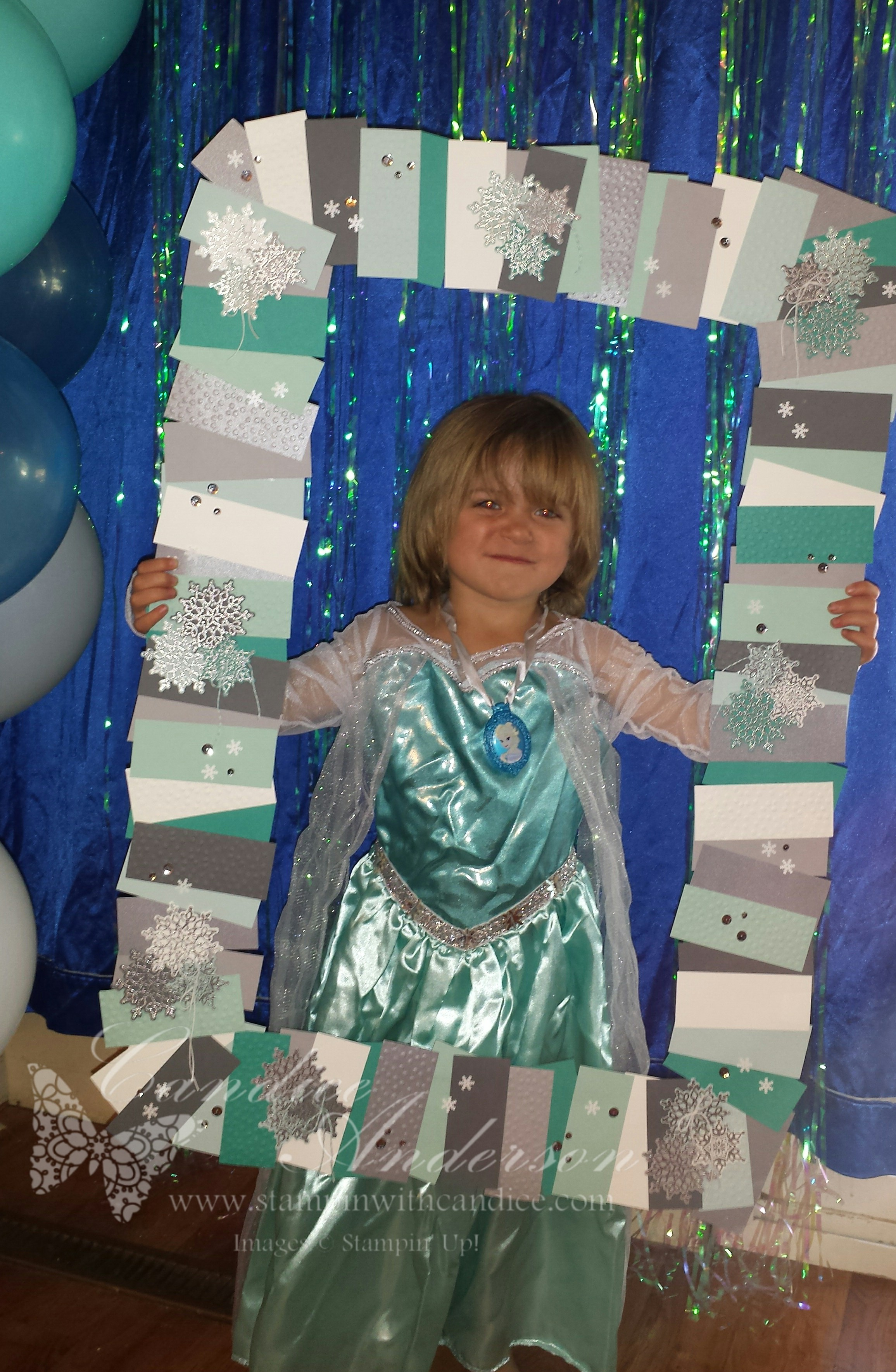 Jess in Frozen Photo Booth